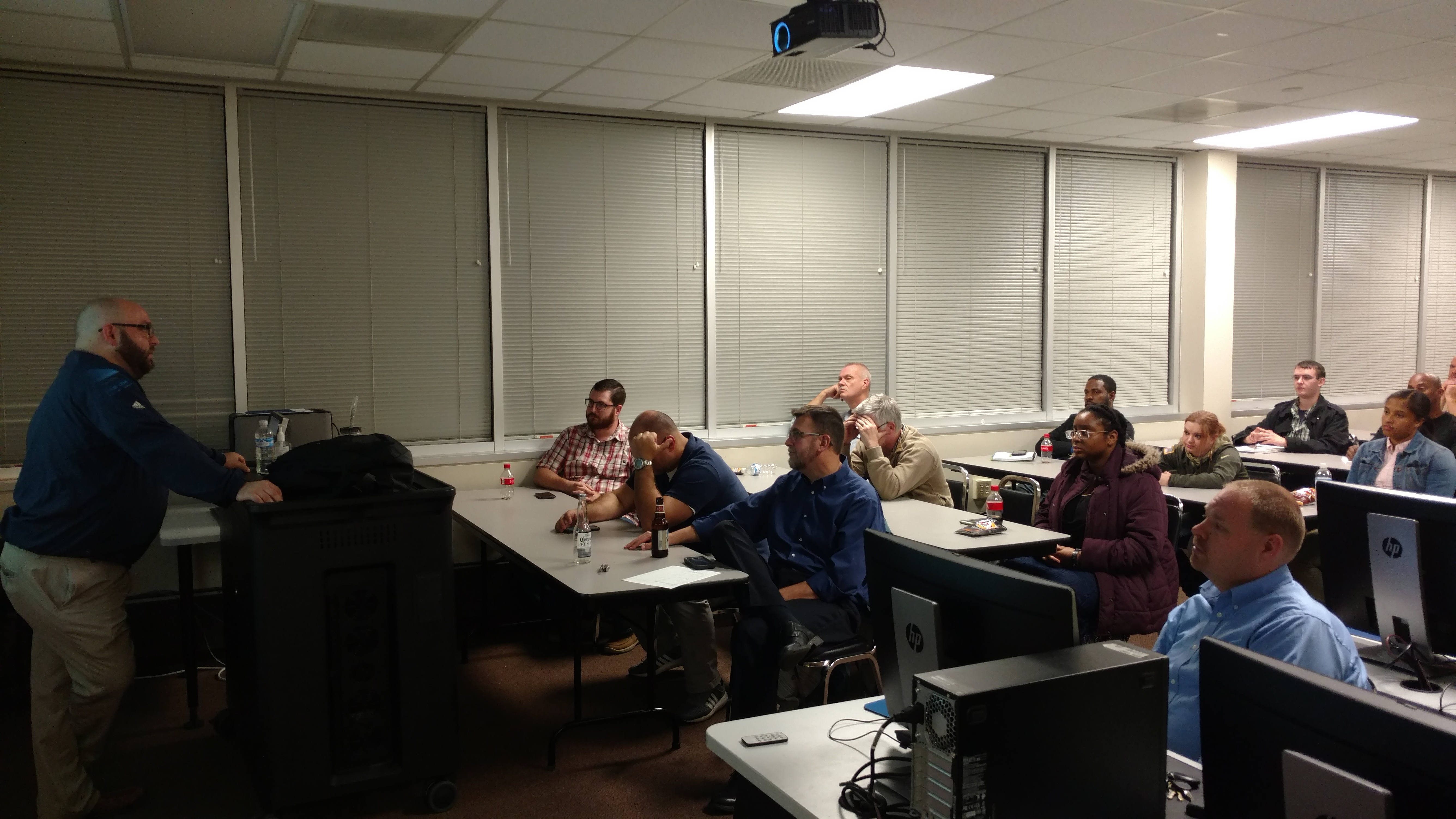 Lee Berdick addresses the November RISE meeting